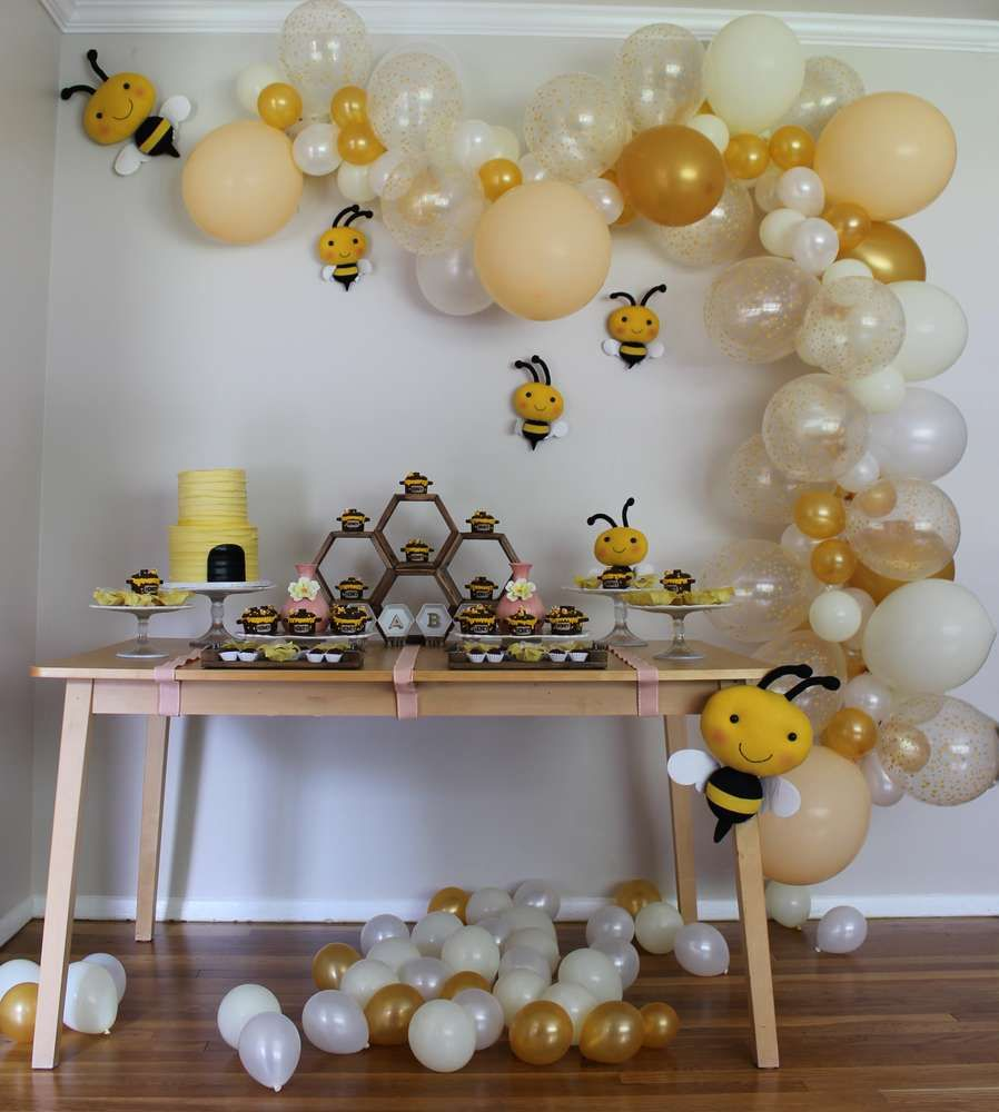 Bee Decorations - Speedy and Easy Decorations for Your Special Occasion